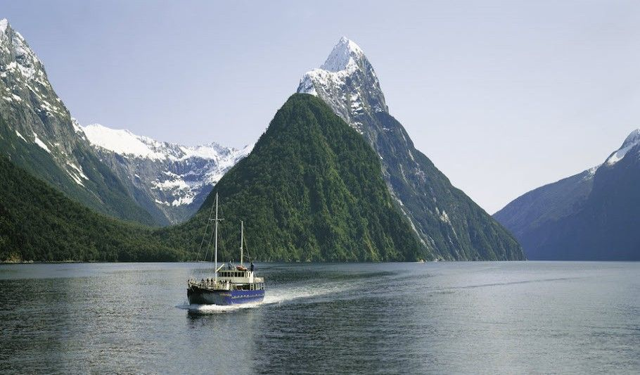 Te Anau to Milford Sound and return