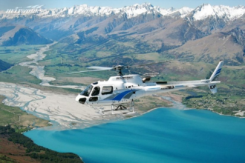 Ultimate Paradise Picnic Scenic Helicopter Flight