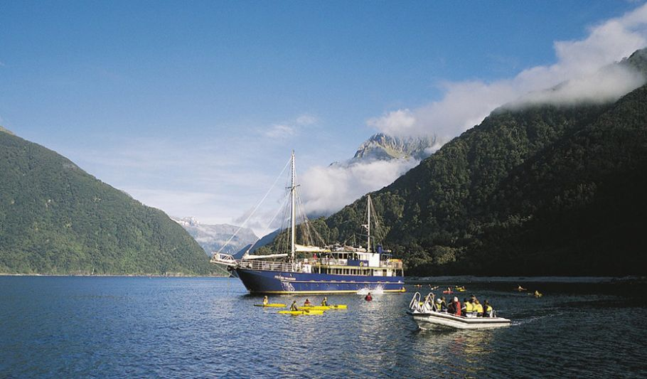 Te Anau to Milford Sound and Queenstown